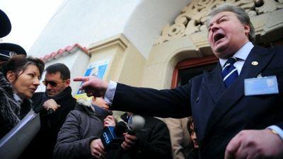 Vadim Tudor a depus plangere penala impotriva executorului